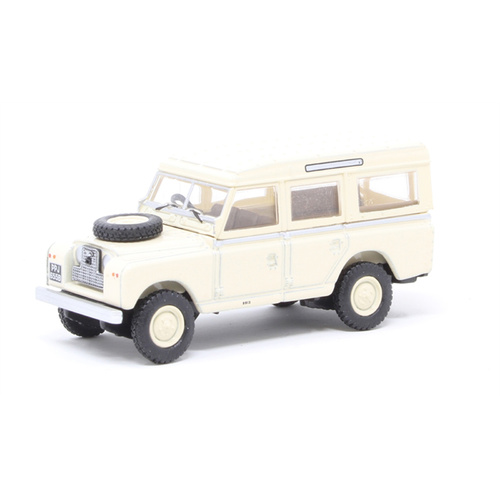 1/76 Land Rover Series II LWB Station Wagon